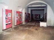 Zničená expozice