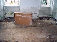 Zničená kancelář
